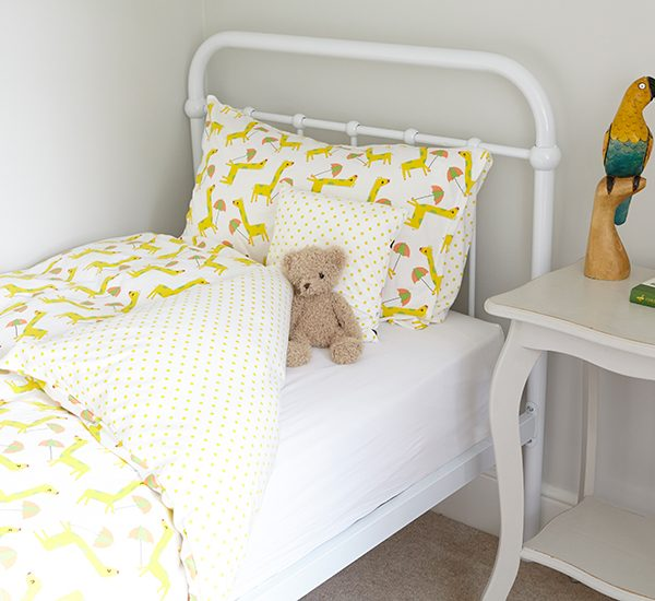 Jersey Cotton U2013 Dancing Giraffes Single Bed Set